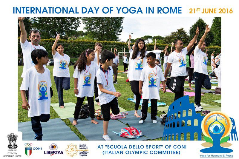 yoga-day-in-rome11