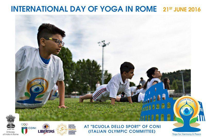 yoga-day-in-rome13