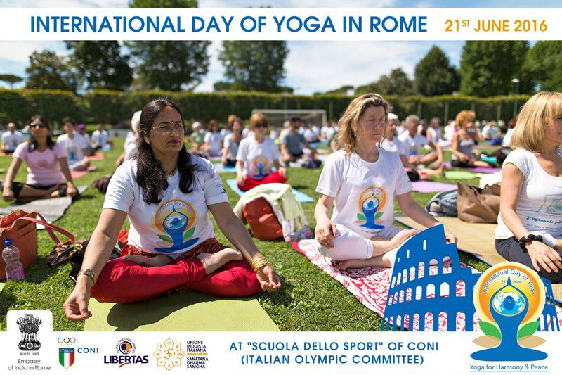 yoga-day-in-rome22