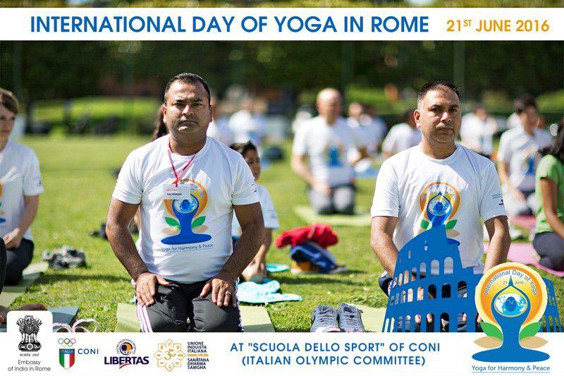 yoga-day-in-rome7